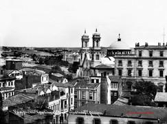 Vue de Pera et de l'Eglise Grecque Ste Trinite, prise de l'ecole Ste Pulcherie. 1900s