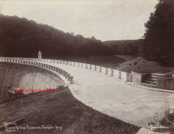 Bend du Sultan Mahmoud a Bagtche Keuy Reservoir 646. 1890s