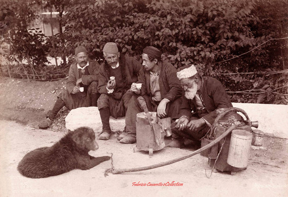 Le cafetier ambulant 65. 1890s