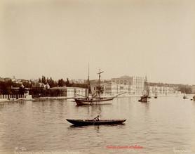 Vue generale du Palais de Dolma Bagtche au Bosphore 437. 1890s