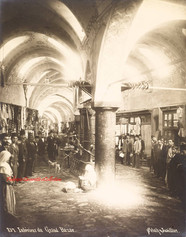 Interieur du Grand Bazar 857. 1890s
