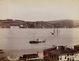 Vue de Kouleli et de l'Hopital militaire sur la Cote d'Asie du Bosphore 383. 1880s