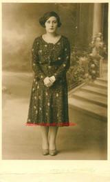 Une jeune femme 2. 1910s