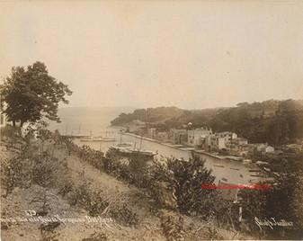 Vue de la Baie et du Quai de Therapia au Bosphore 539. 1890s