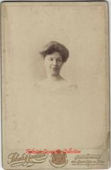 Une femme 1. 1890s