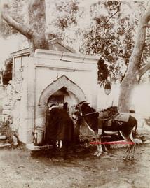 Fontaine pres des sources de Buyukdere 224. 1880s