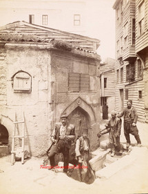 Fontaine et porteurs d'eau 69. 1890s