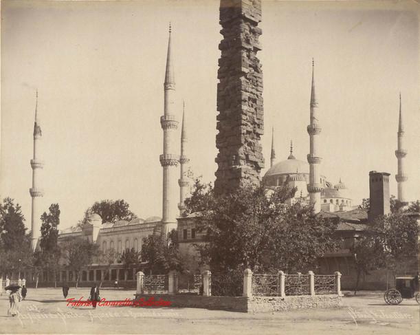 Mosquee du Sultan Ahmed et la Pyramide muree 103. 1890s