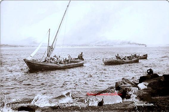 Vue de l'entree de Constantinople prise de la pointe du Serai 25. 1890s