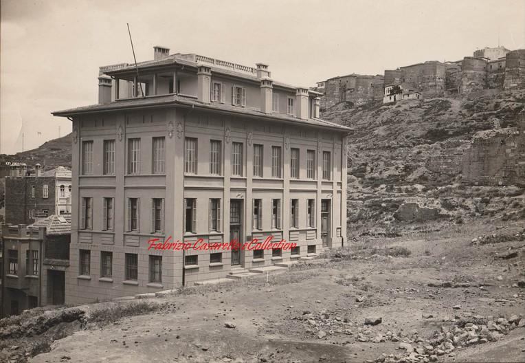 Batiment proche du chateau. Angora. 1900s