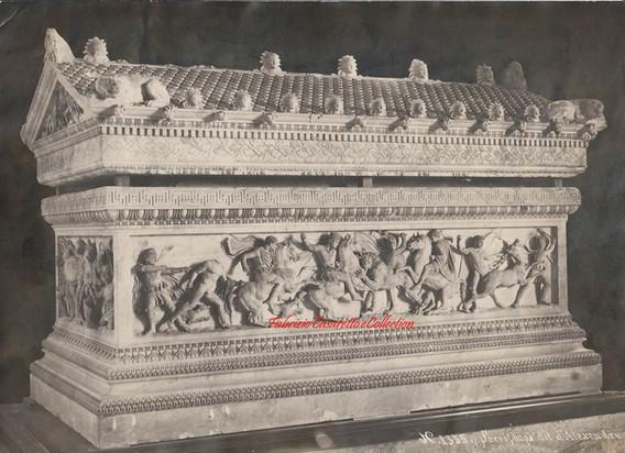 Sarcophage dit d'Alexandre 1355. 1900s