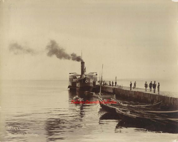 Debarcadere de Prinkipo 587 bis. 1890s
