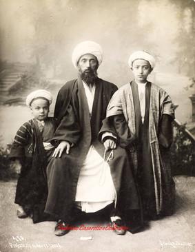 Professeurs et eleves turcs 410. 1880s
