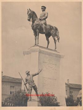 Ataturk aniti Ulus Ankara. 1920s
