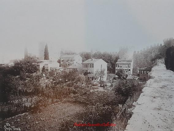 Sept Tours 83. 1890s