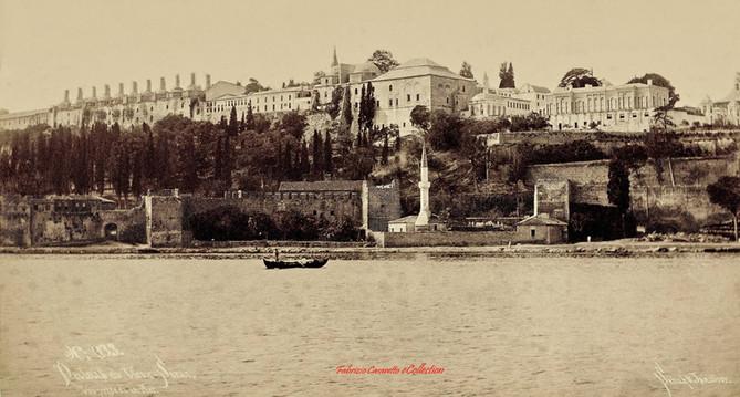 Palais du vieux Serail, vue prise de la mer x33. 1888