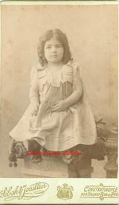 Une petite fille. 1890s