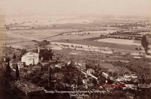 Vue panoramique du faubourg de Tchekirgue. Brousse 8. 1894