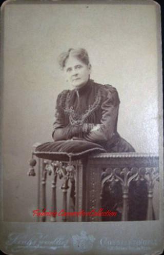 Une femme 4. 1890s