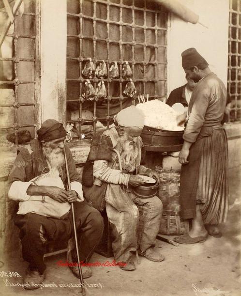 Marchand de pilav et mendiants turcs 309. 1890s