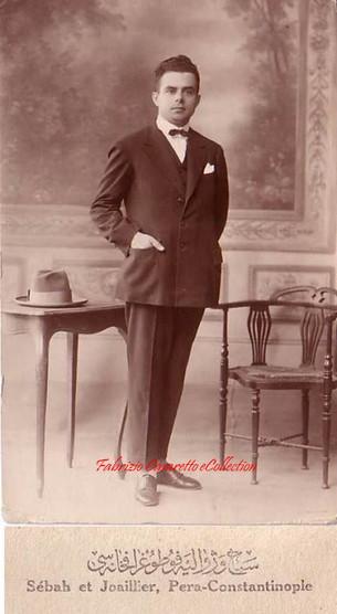 Un jeune homme. 1900s