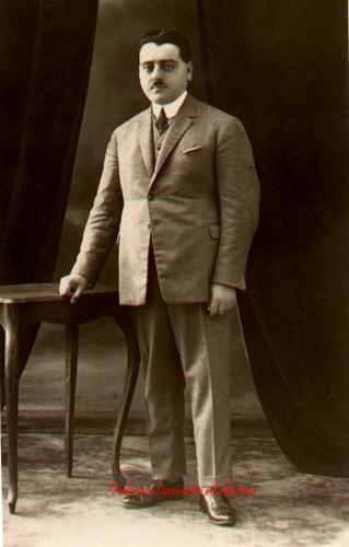 Nihat İsmail. 1900s