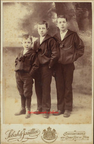 Trois freres. 1890s