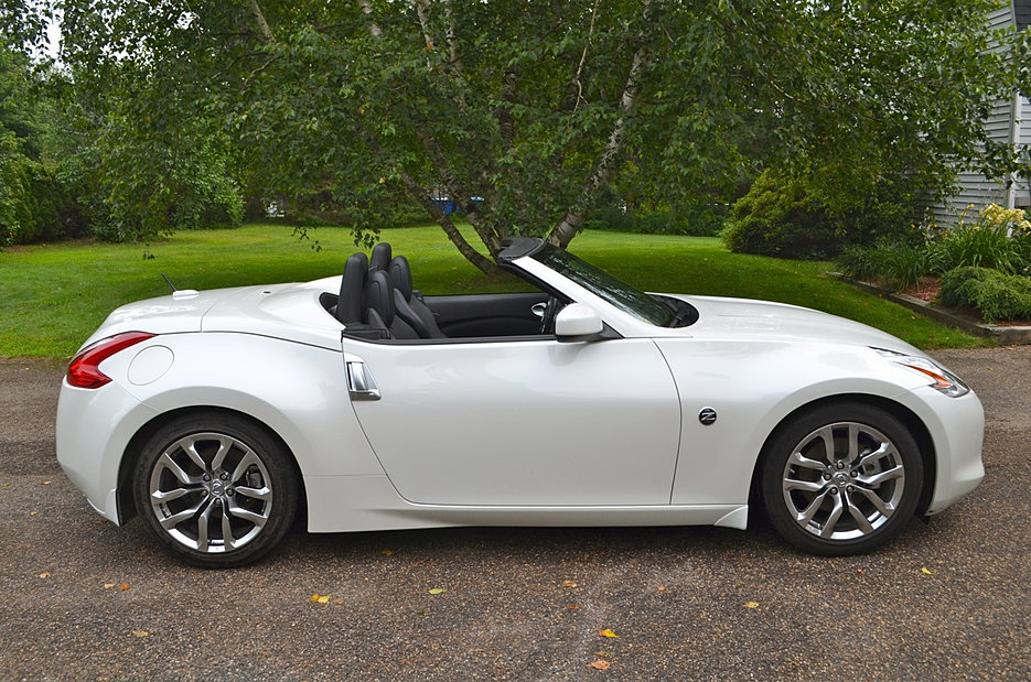 2010 nissan 370z touring convertible white 6 speed manual nissan 370z forum. Black Bedroom Furniture Sets. Home Design Ideas