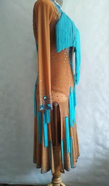 ラテンドレス水色フリンジ