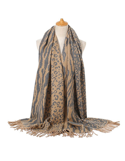 Grey & beige Wooly scarf