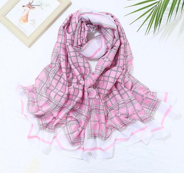 Silky chain scarf