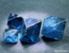 Gahnite bleue inclusions-rouges KagoroHi