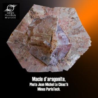aragonite macle cyclique