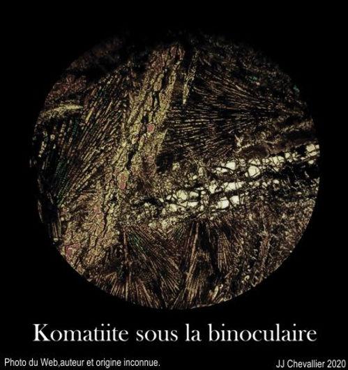 Komatiite sous binoculaire.jpg