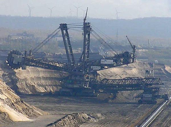 Exploitation de la lignite en Allemagne.