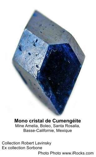 Mono cristal de Cumengéite.jpg
