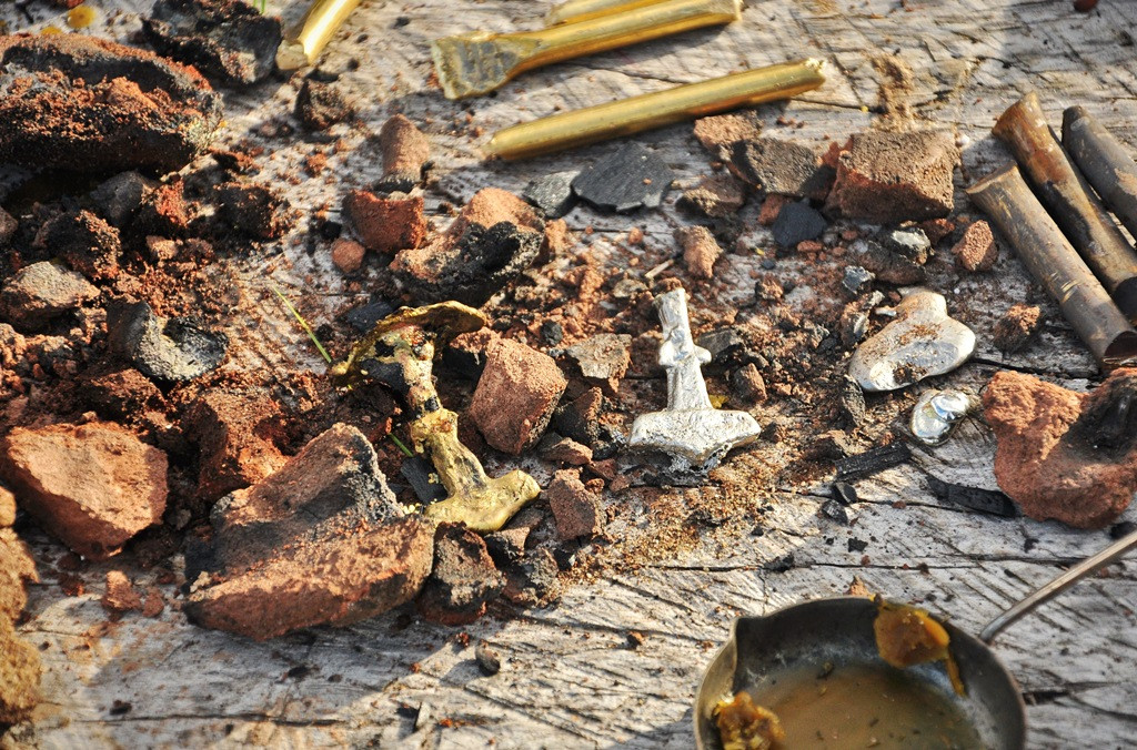 Отливки из олова и латуни