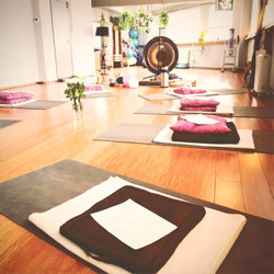 Clapton Yoga Gong Bath Anahata