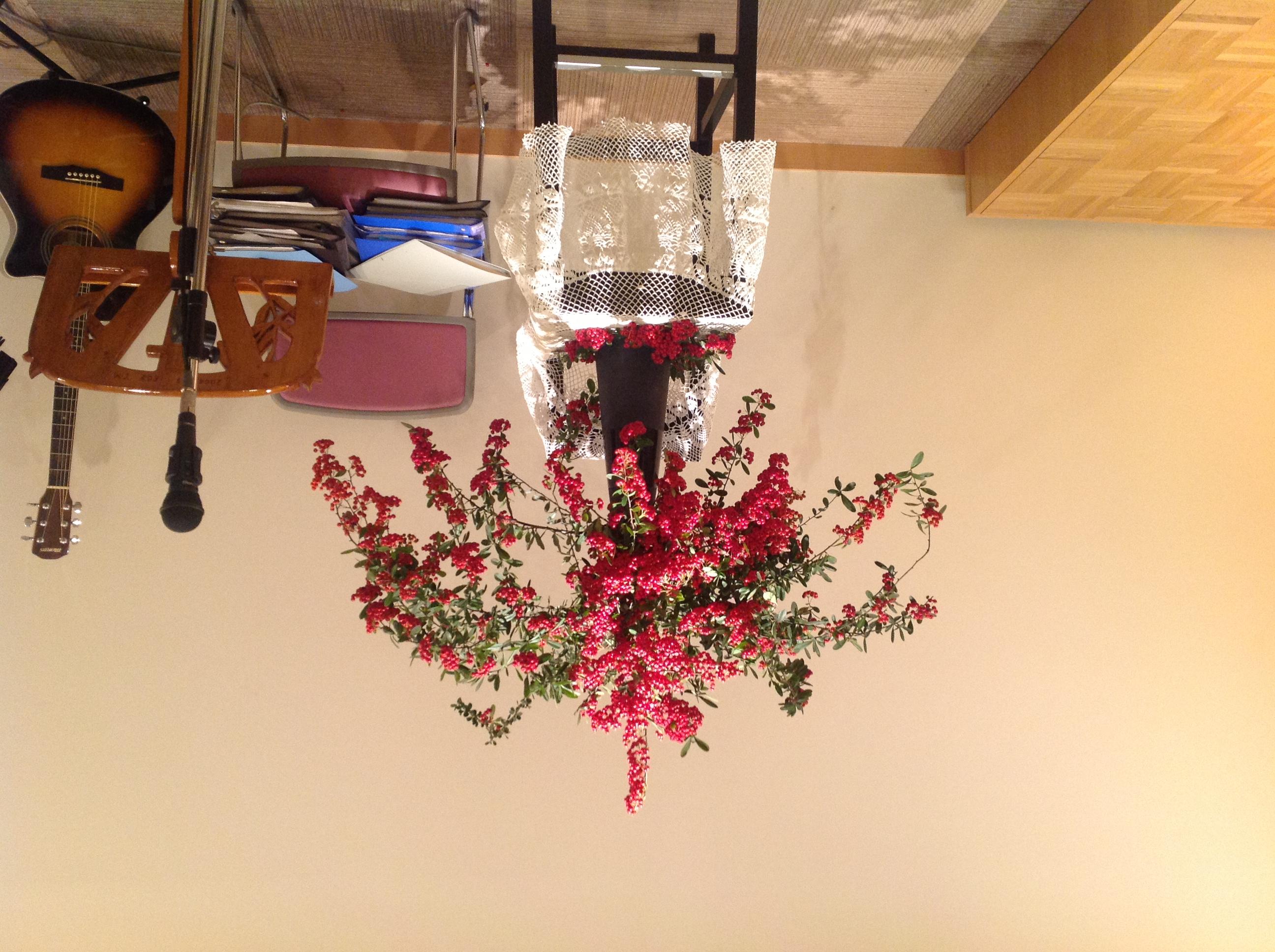 2012/12/9、聖日礼拝のお花