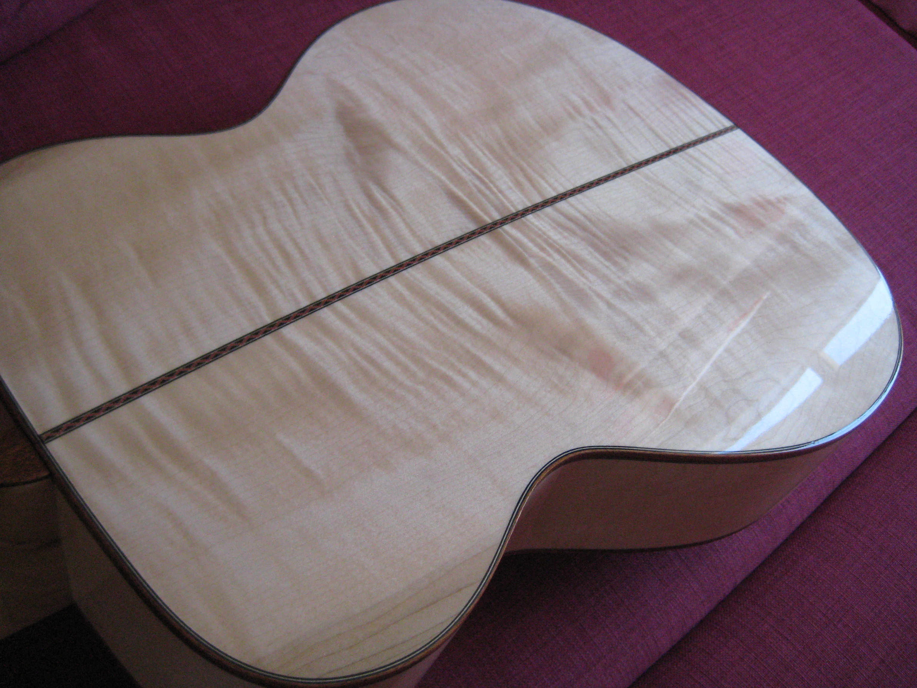 Flamed maple back