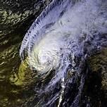 hurricane-iwa