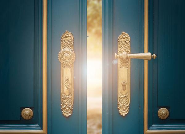 antique ornate gold door handle.jpg