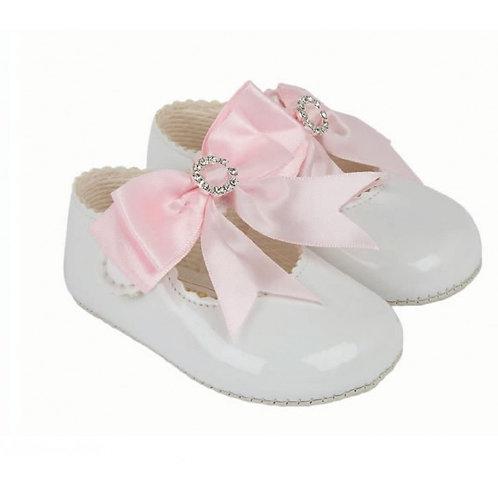 """Bow & Diamante"" Shoe -BayPods"