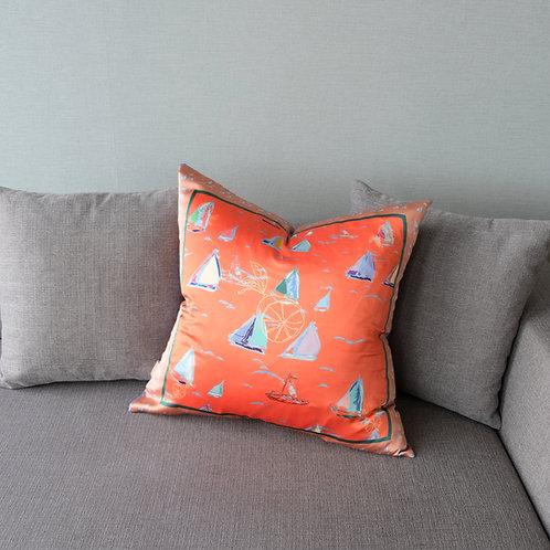 bain de soleil - silk pillow