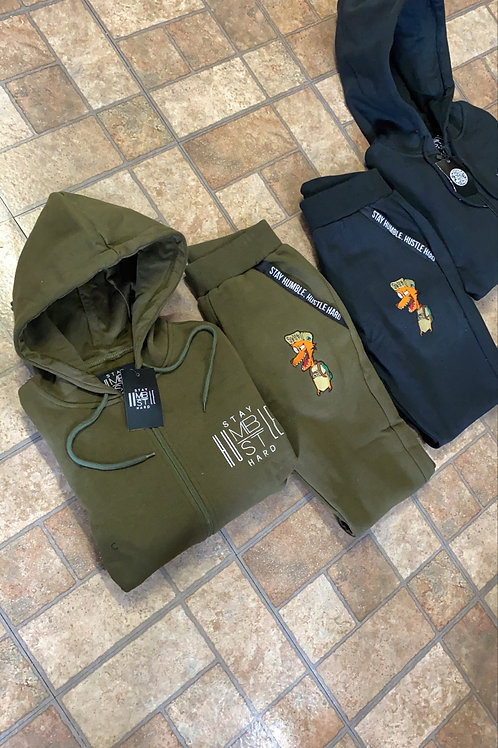 WOMEN FITTED JOGGER SET