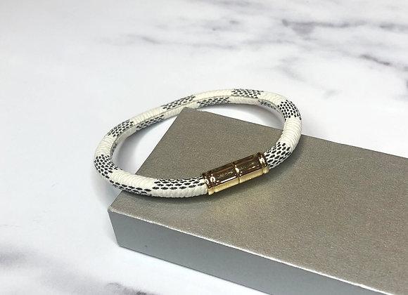 White Checked Magnetic Bracelet