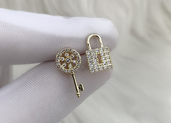 Gold Lock & Key Studs