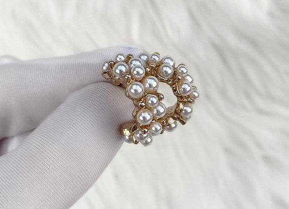 Pearl Chunky Mini Hoops