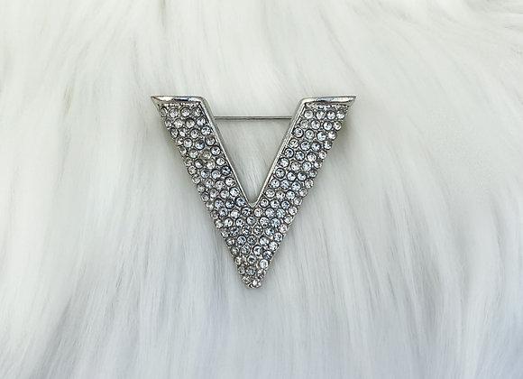 V Diamante Brooch