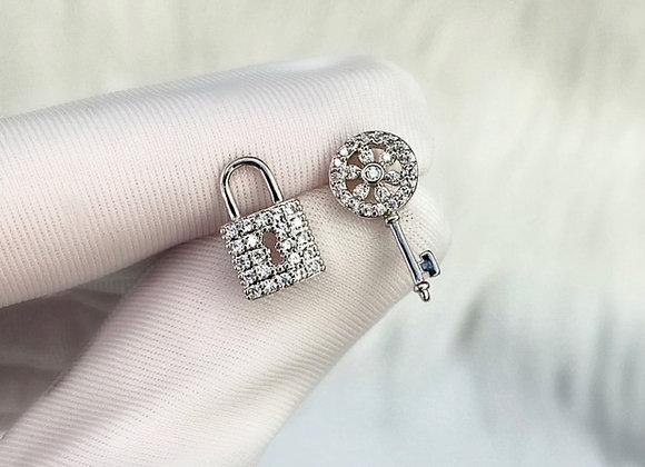 Silver Lock & Key Studs